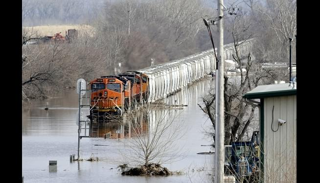 Pence Heads To Flooded Midwest Amid Concerns About Levees