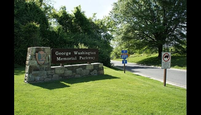 National Park Service Hopes To Reopen Northbound GW Parkway Lane Tuesday After Sinkhole Repairs