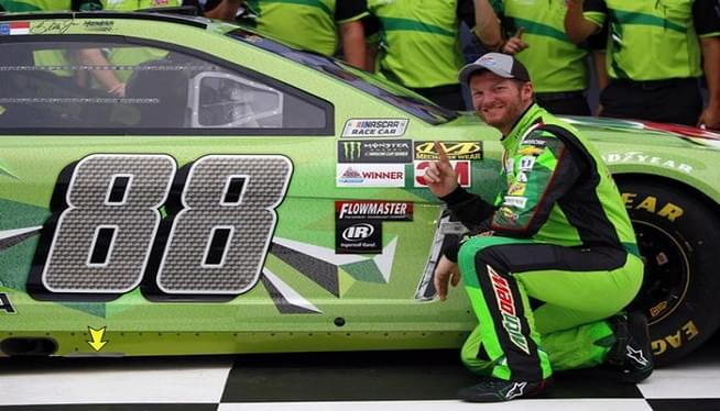Sister: Earnhardt Jr. 'safe' after plane crash in Tennessee