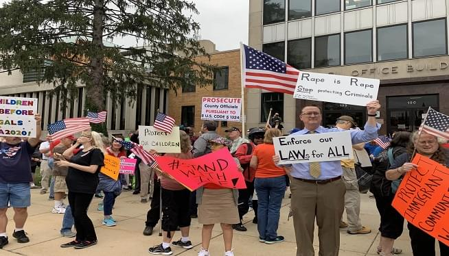 Dueling protests in Rockville Friday over illegal immigration