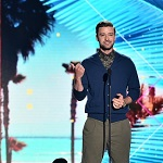 Teen Choice Awards: Justin Timberlake's moving speech and more top moments