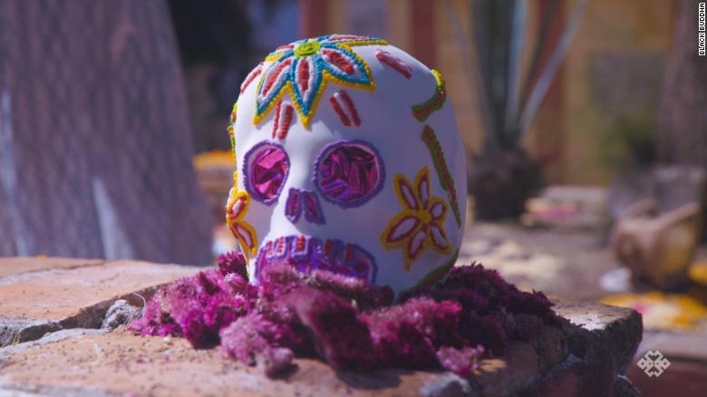 181025171831-day-of-the-dead-san-miguel-mexico-overlay-tease