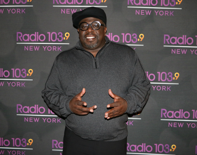 Cedric The Entertainer visits Radio 103.9! [Exclusive Photos]