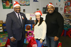 Radio 103.9 Brings the Holidays to Harlem Hospital Center! [Exclusive Video]
