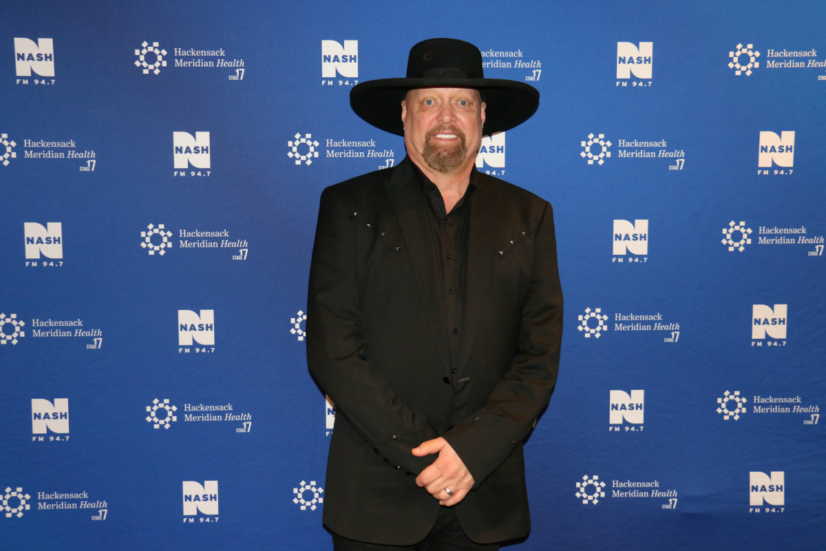 Montgomery Gentry LIVE from HMH Stage 17! [Exclusive Video]