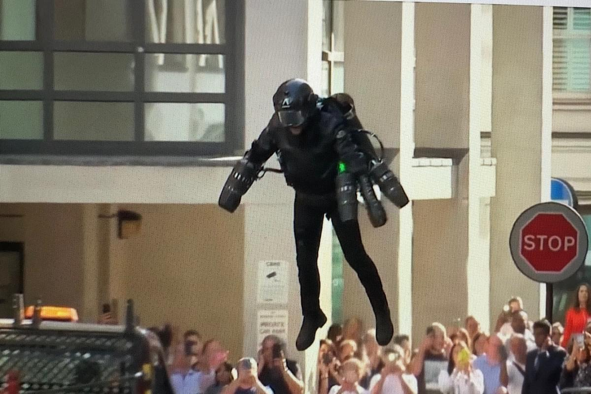 This $400,000 Jet Suit Lets You Fly Though The Sky