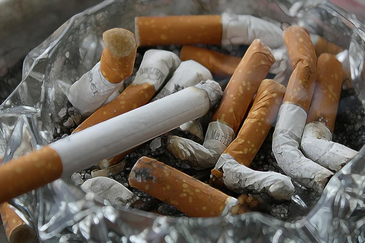 NJ bans smoking on beaches and parks