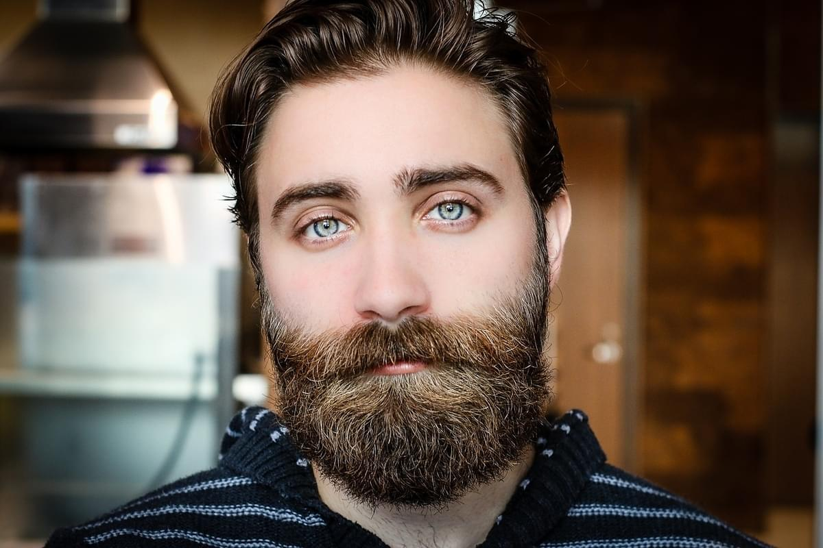 You Can Now Buy Christmas Lights For Beards