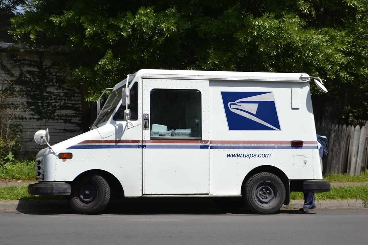 USPS to suspend regular mail delivery to honor George H.W. Bush on Wednesday