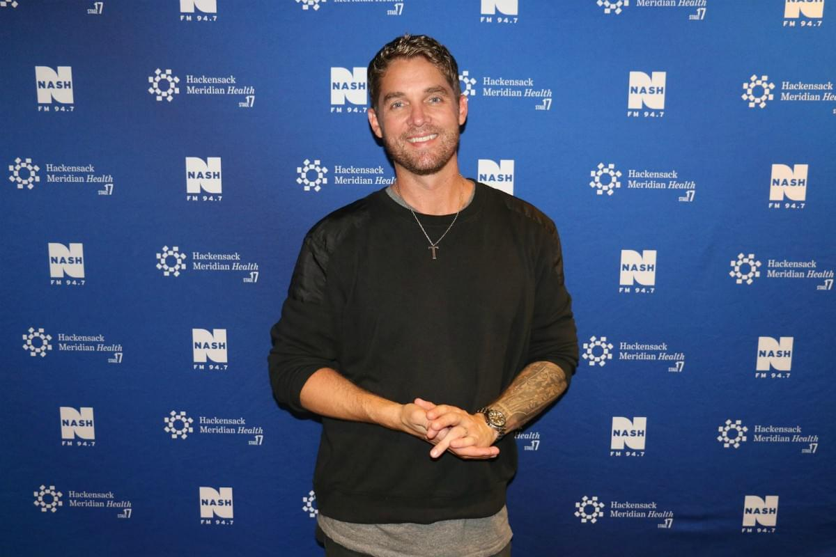 Brett Young LIVE from HMH Stage 17! [Exclusive Video]