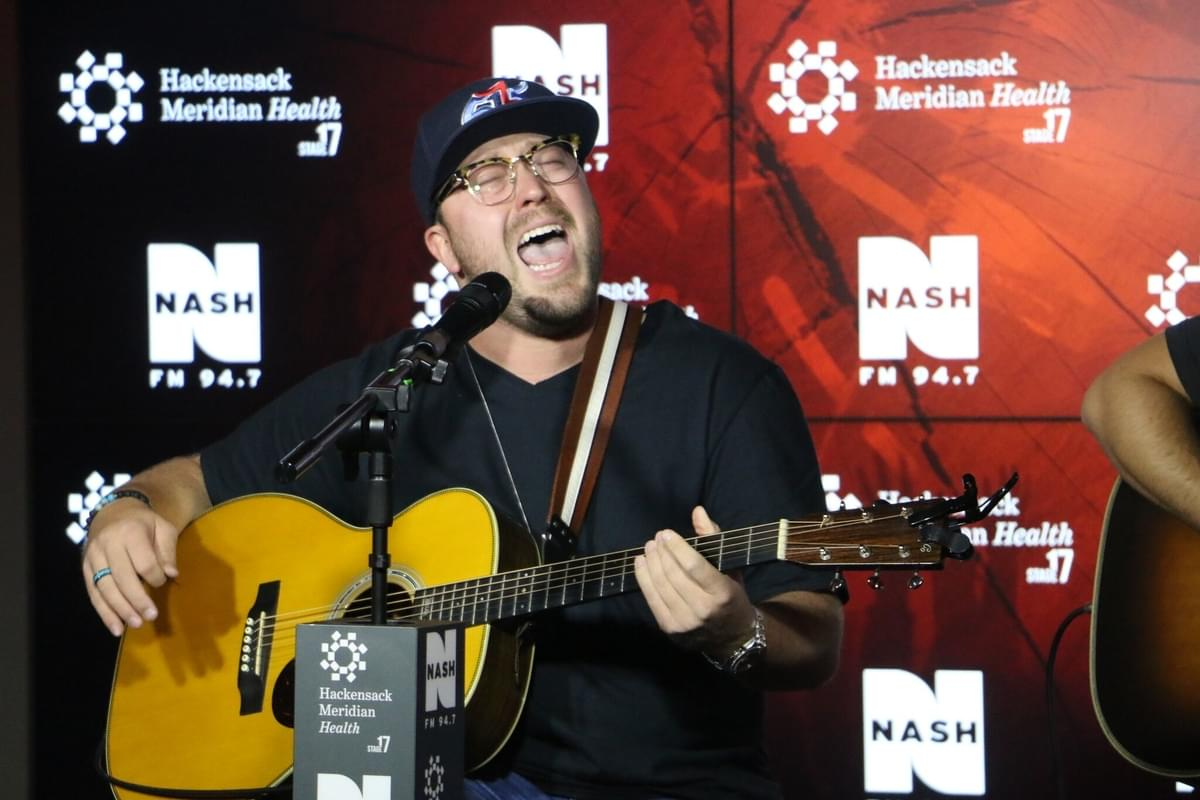"""Watch Mitchell Tenpenny sing """"Drunk Me"""" on 'Today Show'"""