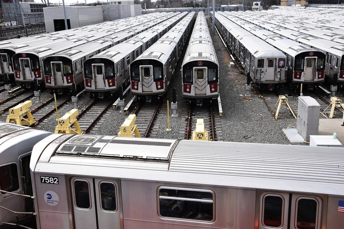 LIRR announces real-time train tracker