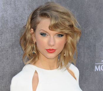 Taylor Swift Teases New Single