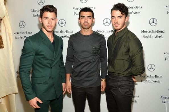 Jonas Brothers Performed on Reboot 90s Show 'All That'