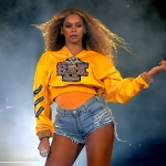 Beyonce Commemorates Her Birthday With A Years Worth Of Pics