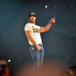 What Is Luke Bryan's  Unique Christmas Eve Tradition? Chili Dogs For The Family