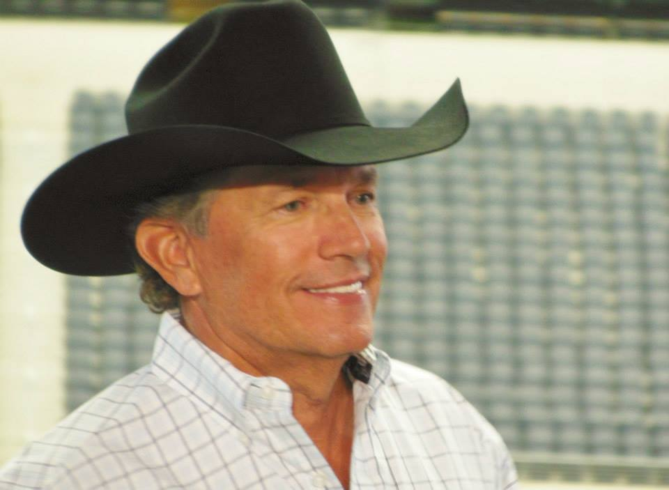 """George Strait Reissuing his 1995 """"Strait Out of the Box: Part 1 Collection"""