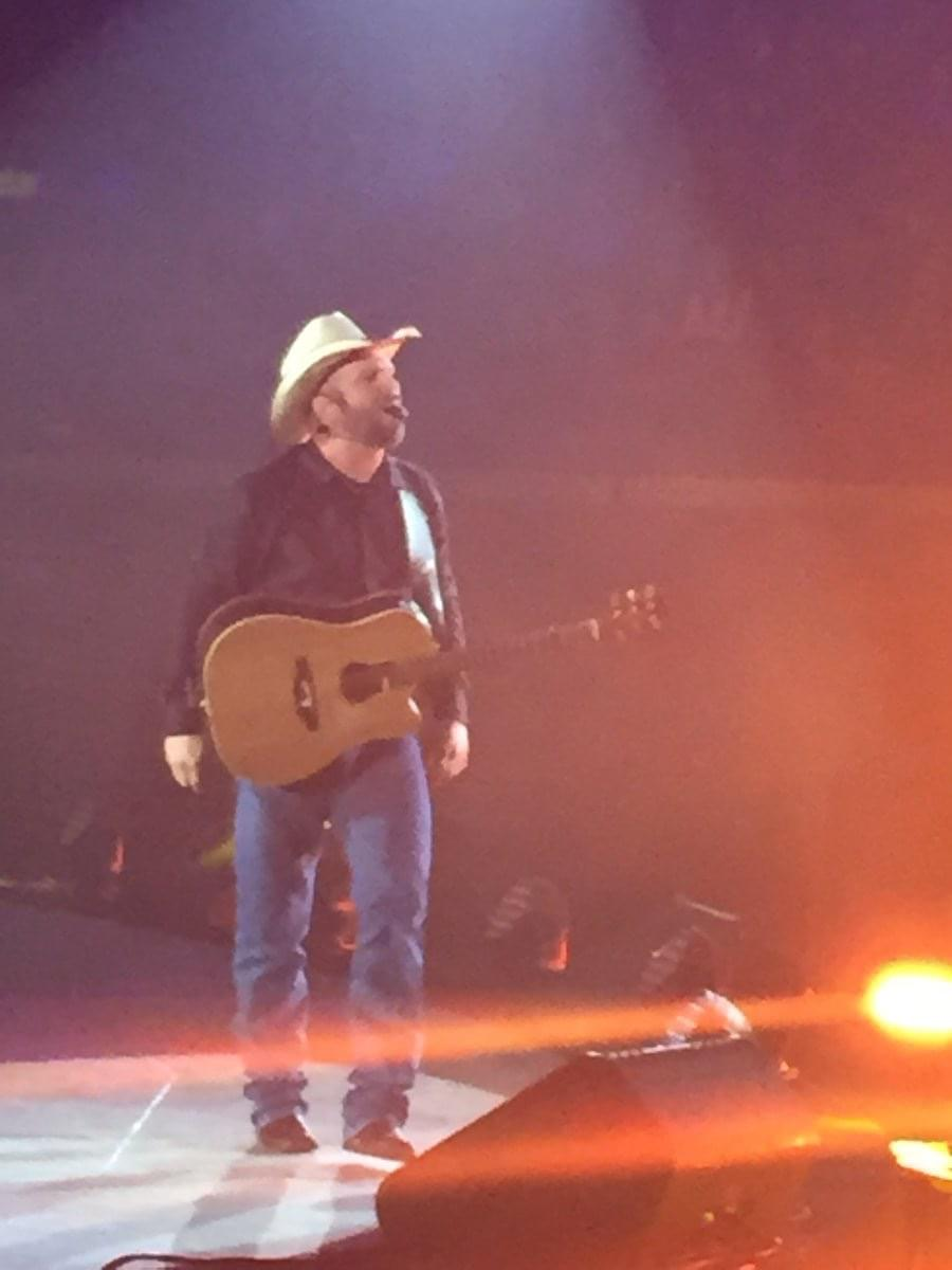 Garth Brooks Is Bringing His Dive Bar Tour to Gruene Hall in New Braunfels!