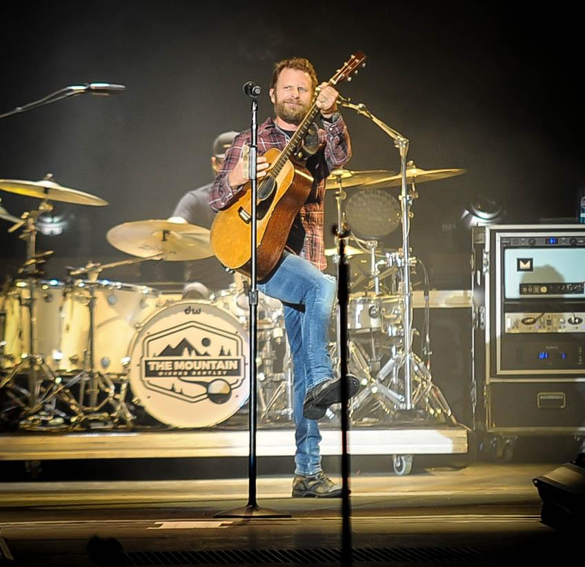 Dierks Bentley Concert Tickets: Dierks Bentley: Mountain High Tour