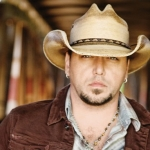 Jason Aldean Releases Reflective New Video for Rearview Town