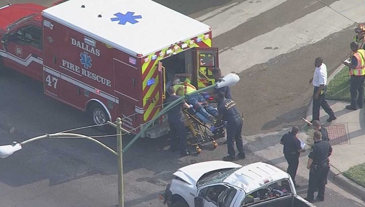 2 Police Officers Among Several Injured in Fiery Multi-Car Wreck in Northwest Dallas