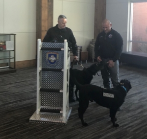 Fort Worth Bomb Squad K-9 Officially Retires | News Talk WBAP-AM