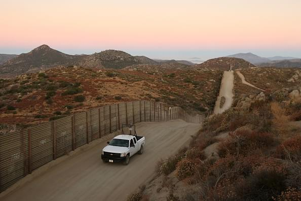 Chris Salcedo Show – Mexican Officials Express Concerns for Armed Groups at Border