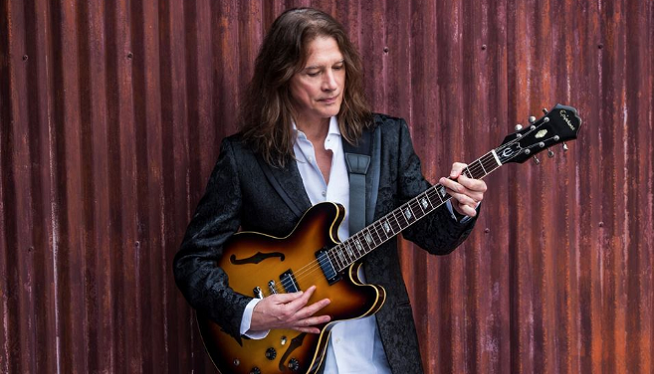 8/16/19 – Robben Ford at The Ark