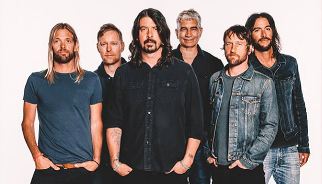 Foo Fighters: Pauly Shore Joins In for a Tribute to His Dad