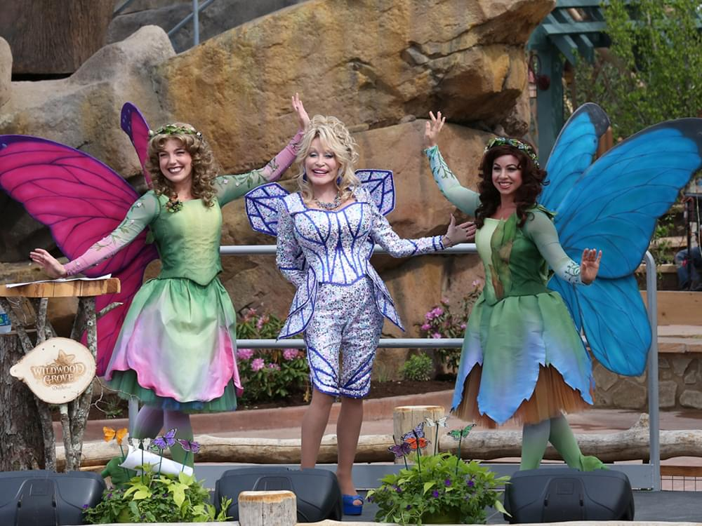 """Dolly Parton Opens $37-Million """"Wildwood Grove"""" Expansion at Dollywood With New Roller Coaster, Climbing Structure & More [Photo Gallery]"""