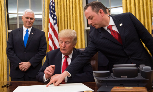 Trump Announces Regulatory Freeze In First Executive Orders