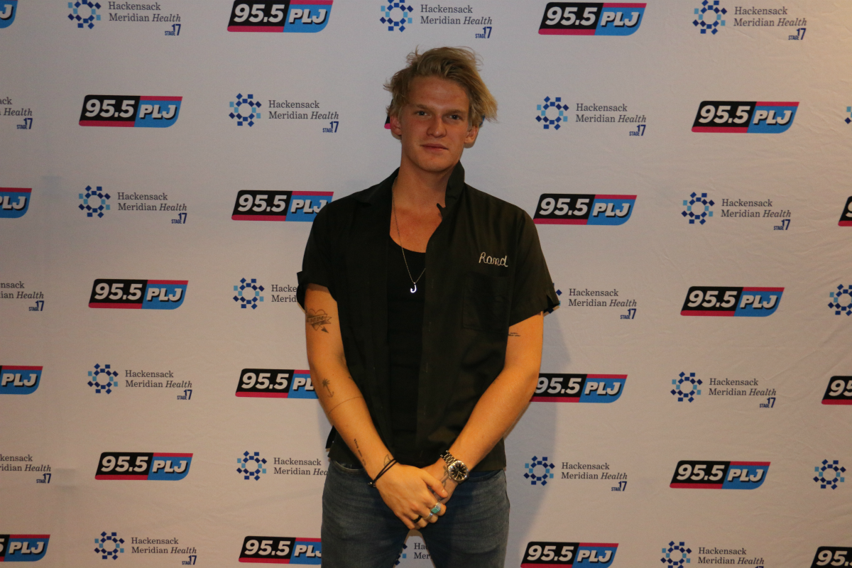 Cody Simpson LIVE from HMH Stage 17! [Exclusive Video]