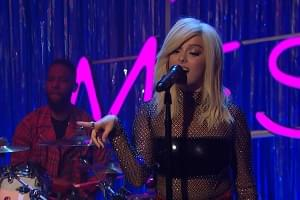 "[WATCH] Bebe Rexha Performs ""I'm a Mess"" on Seth Meyers"
