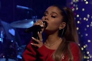 "[VIDEO] Ariana Grande Performs ""Imagine"" on Fallon Tonight"