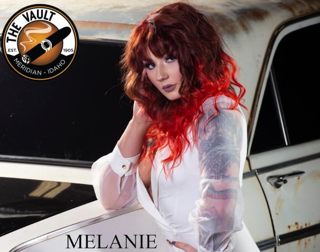 Melanie – Miss August 2019