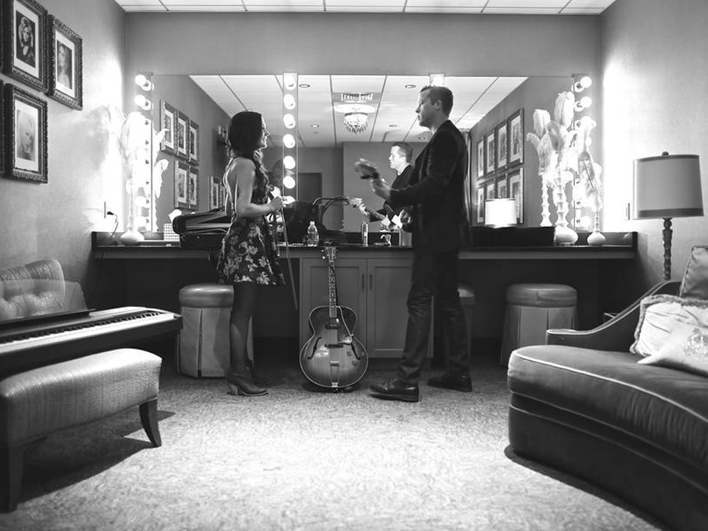 """Listen to Jason Isbell & Amanda Shires' Striking New Tune, """"The Color of a Cloudy Day"""""""