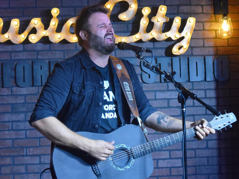 """Listen to Randy Houser's Vintage Croon in New Single, """"No Stone Unturned"""""""