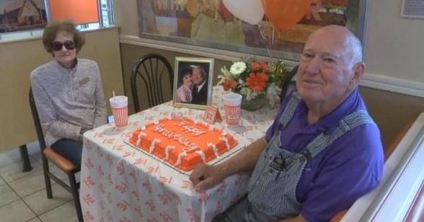 More A Texas couple received quite the surprise from a popular restaurant chain on their 62nd wedding anniversary.