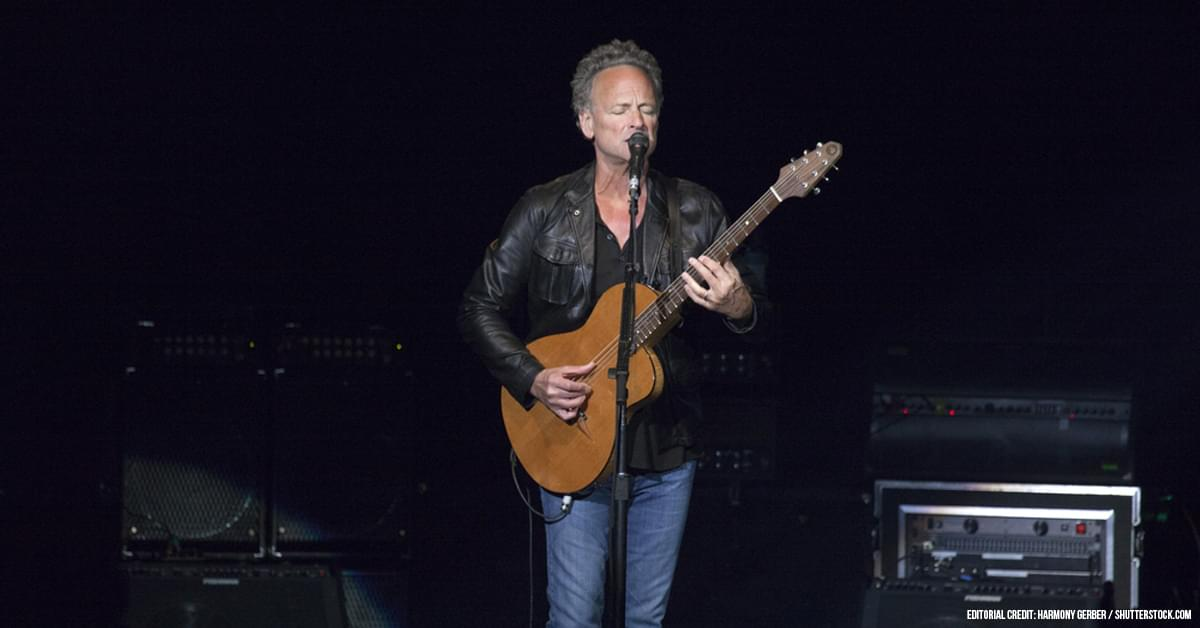 Lindsey Buckingham Calls Current Fleetwood Mac 'A Cover Band Kind of Deal'