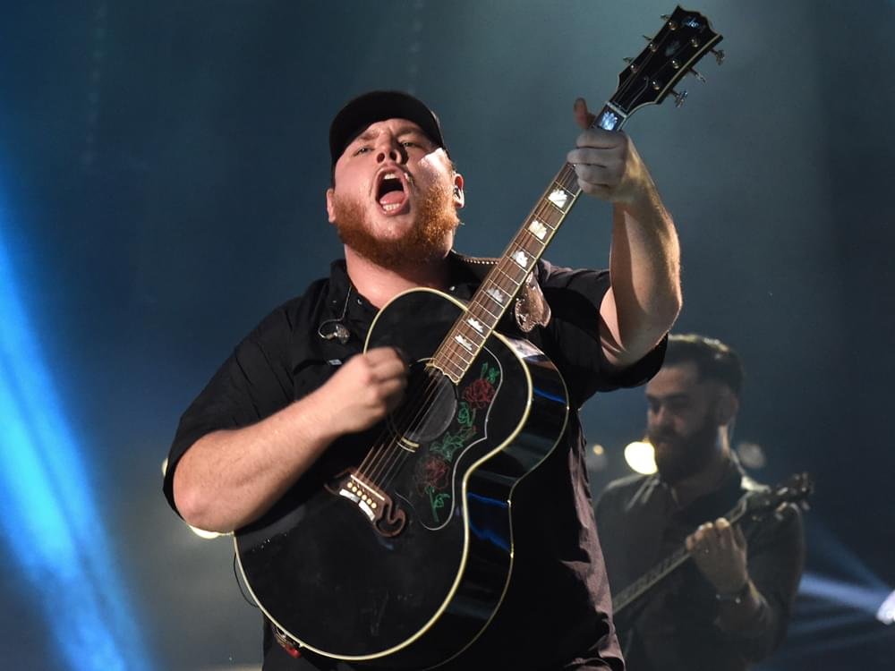 """Luke Combs' """"Beautiful Crazy"""" Is No. 1 for Fourth Straight Week"""
