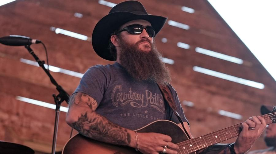 Hear Cody Jinks' Brooding New Song 'Must Be The Whiskey'