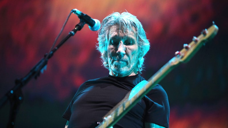 Roger Waters Supersizes Pink Floyd Hits, Skewers Trump At Massive London Show