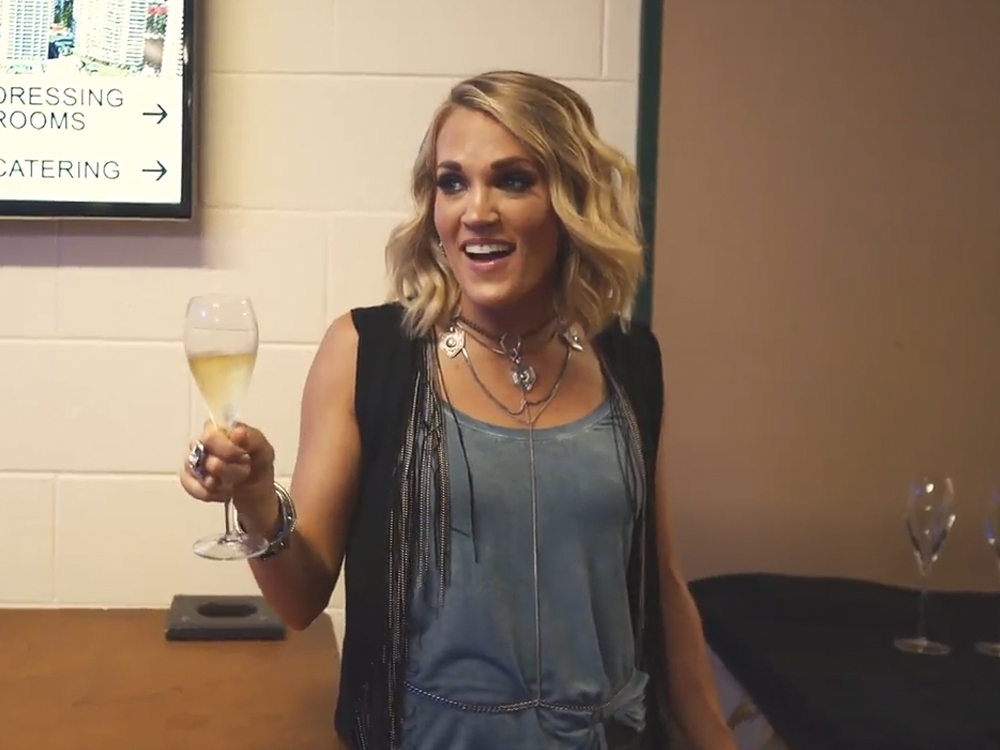29 Questions with Carrie Underwood