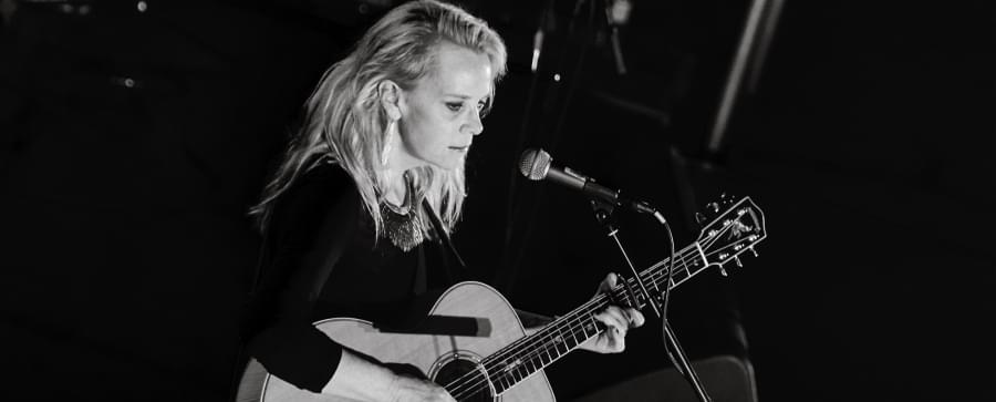 August 9th Mary Chapin Carpenter @ The Walker Theater