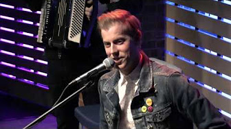 "Andrew McMahon In The Wilderness Interview: ""Fire Escape Music Video/Inflatables"""