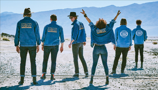 Watch Arcade Fire perform in a boxing ring with UFC style entrance