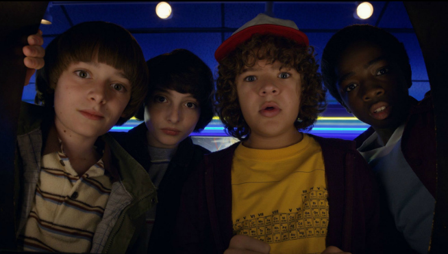 Stranger Things teases going to a mall in season 3