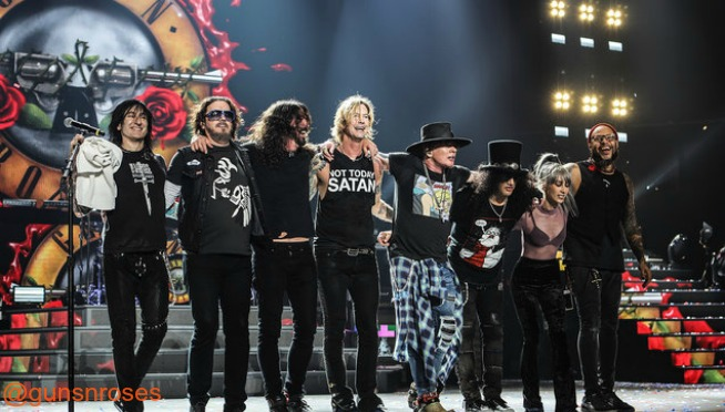 Foos & Roses: Watch Dave Grohl join Guns 'N Roses on stage