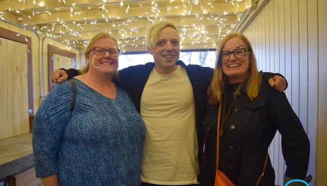 Courtesy Concert with Robert DeLong – Meet & Greet