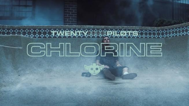 Twenty one pilots chlorine official video - 4 10